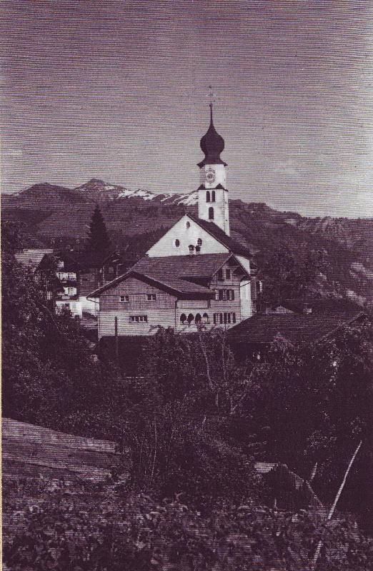 Stall und Kirche vor 1940